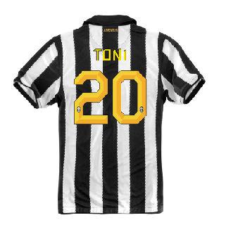 2010-11 Juventus Nike Home (Toni 20)