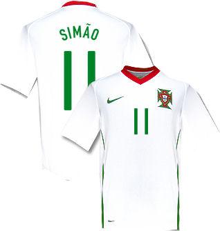 08-09 Portugal away (Simao 11)