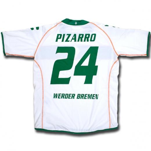 08-09 Werder Bremen home (Pizarro 24)