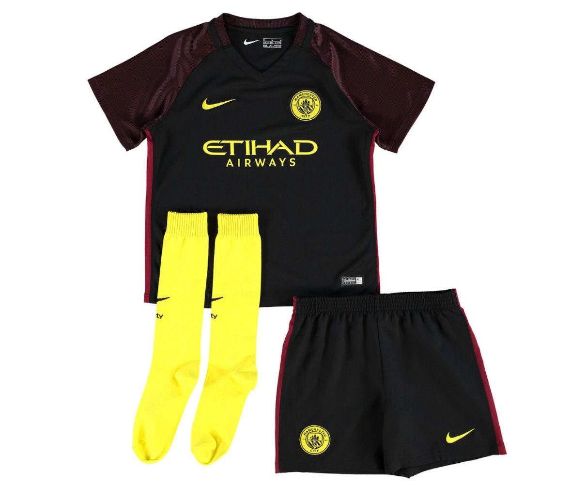 2016-2017 Man City Away Nike Little Boys Mini Kit