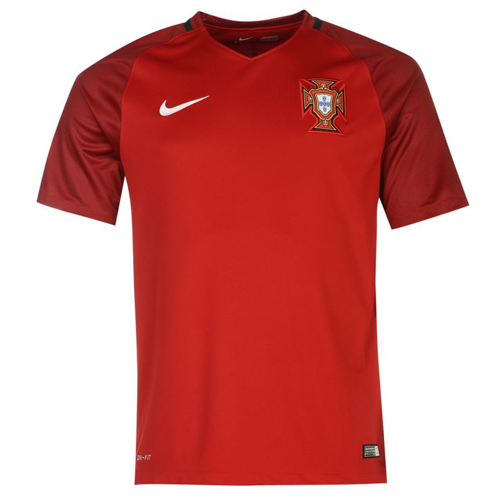 2016-2017 Portugal Home Nike Football Shirt